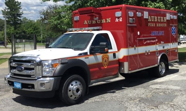 Ambulance 2 2015 Ford F-550